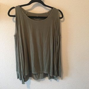 American Eagle soft and sexy cold shoulder size xs